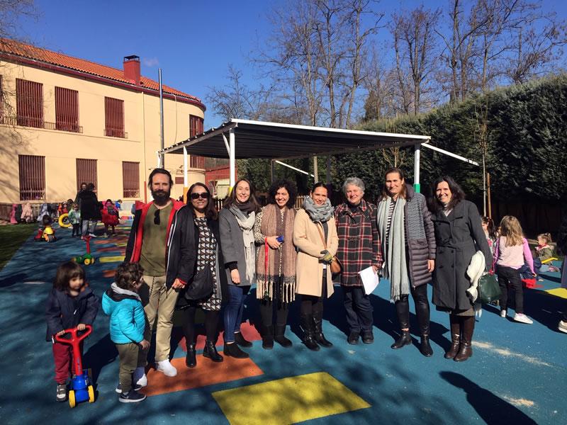 Inauguración de patio infantil
